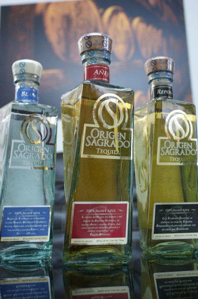 Origen Sagrado tequila