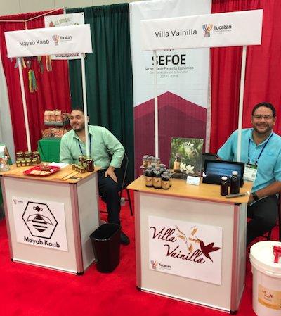 Jorge Pina Gasca from Mayab Kaab Honey and Juan Carlos Cervera from Villa Vainilla