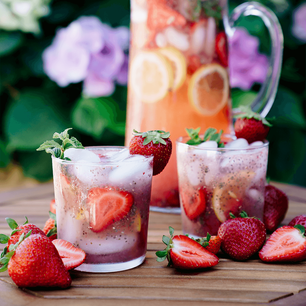 strawberry-agua-fresca-1.png