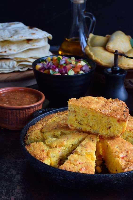 Chile Corn Bread 100383085_s.jpg