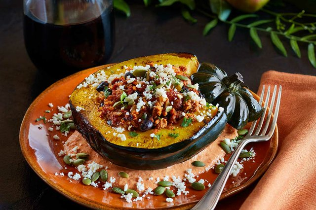 WHOLE-ROASTED-ACORN-SQUASH-WITH-CHORIZO-AND-RED-PEPPER-CREMA-By-Chef-Aarón-Sánchez-web.jpg